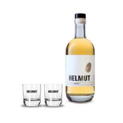 Flasche HELMUT der Weiße und zwei Gläser mit HELMUT Schriftzug
