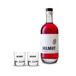 Flasche HELMUT der Rosé und zwei Gläser mit HELMUT Schriftzug